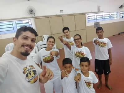 Aula de Capoeira em Pindamonhangaba